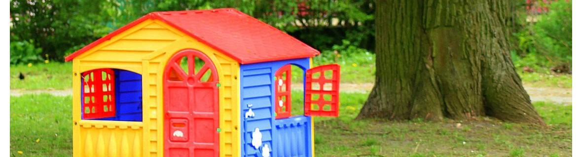 Ogrodowy domek dla dzieci z tworzywa