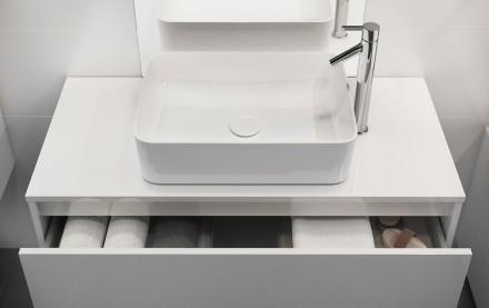 Umywalkę nablatową możemy ustawić na szafce lub blacie