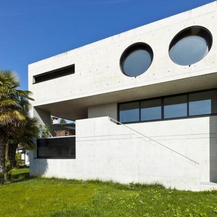 Okrągłe okna często używane są do doświetlania poddasza