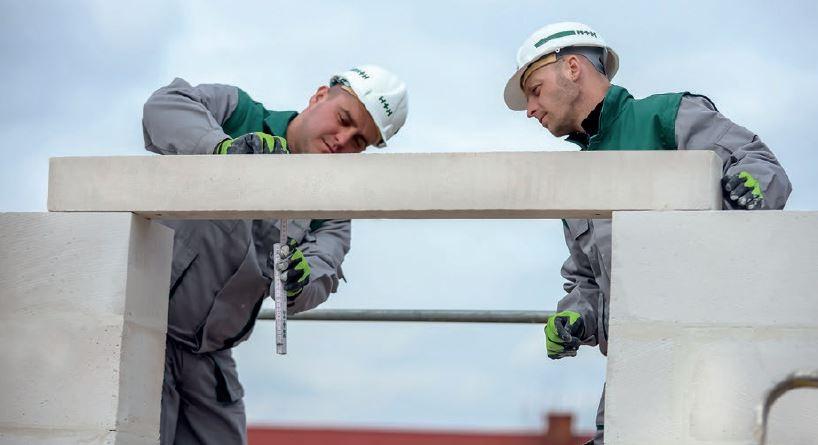 Nadproża z betonu komórkowego to brak konieczności wykonywania szalunku i betonowania.