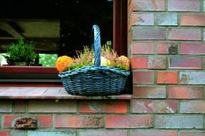 Cegła klinkierowa Rustika to jeden z najpopularniejszych wzorów powstających w Patoce. Doskonale nadaje się do tworzenia urokliwych i ponadczasowo stylowych elewacji