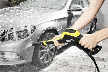Wybór myjki ciśnieniowej zależy od tego, na jakie parametry techniczne się zdecydujemy