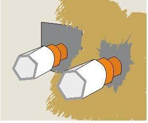 Do uszczelnień przejść instalacji przez przegrody stosuje się kołnierze kauczukowe. Ich krawędzie należy zatopić w płynnej folii, nakładanej w tych miejscach pędzlem.