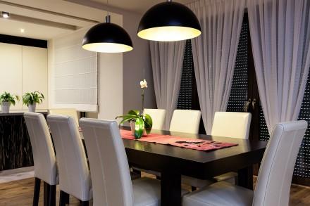 Jak Dobrze Oświetlić Stół W Jadalni