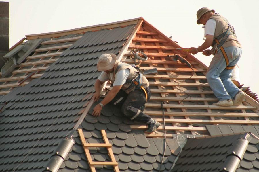 Budowa domu zależy od wielu czynników, także pogodowych, więc harmonogram budowy prawdopodobnie trzeba będzie na bieżąco korygować