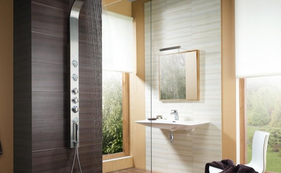 Zarówno szyby polistyrenowe, jak i szkło w kabinach prysznicowych muszą uzyskać certyfikat zgodności z normami bezpieczeństwa
