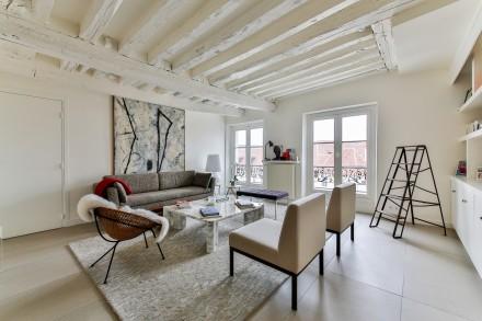 Wnętrza w stylu skandynawskim są jasne i przestronne (fot. pixabay.com)