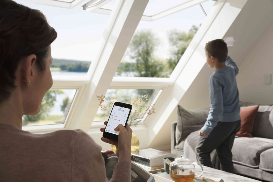Okna dachowe skutecznie doświetlają poddasze (fot. Velux)