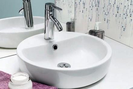 Miejsce montażu umywalki nablatowej uzależnione jest od instalacji wodnej