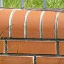 Prawidłowo wykonana spoina musi mieć łagodnie wyprofilowane wgłę-bienie.
