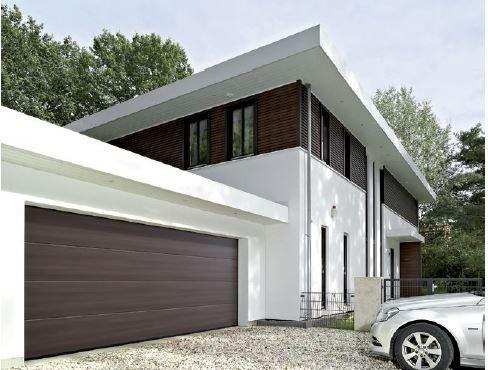 Inwestorom szukającym bram o wyrafinowanej estetyce firma Hörmann proponuje teraz bramy LPU 42 z powierzchnią Duragrain