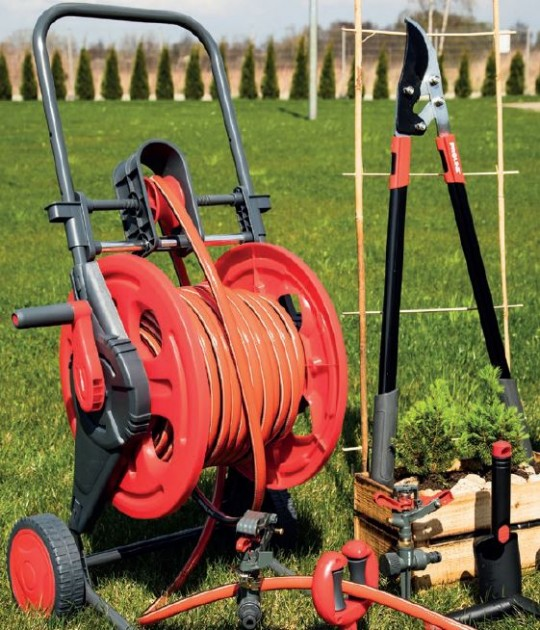 Wózek na wąż ogrodowy z rolką prowadzącą
