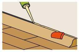 Podczas przygotowywania pomieszczenia do malowania należy uszczelnić listwy podłogowe, a następnie dokładnie oczyścić je z resztek masy uszczelniającej.