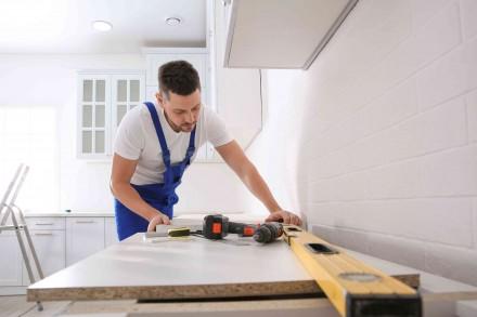 Jeśli marzymy o nowej kuchni, warto rozważyć lifting starych szafek