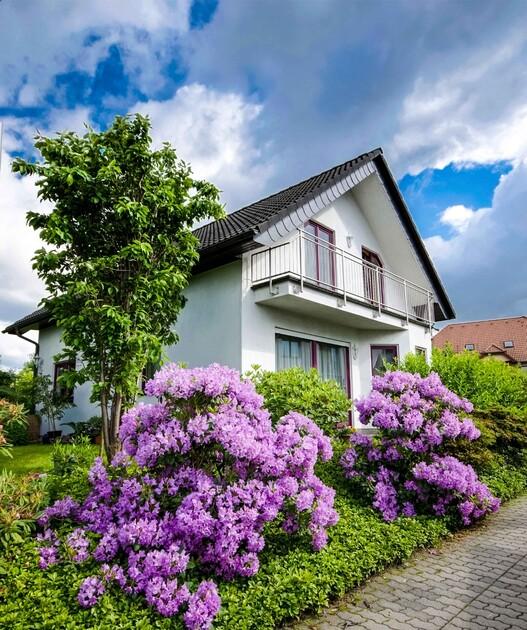 Detale takie jak balkon podnoszą koszty budowy domu