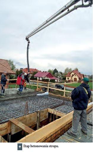 Etap betonowania stropu.