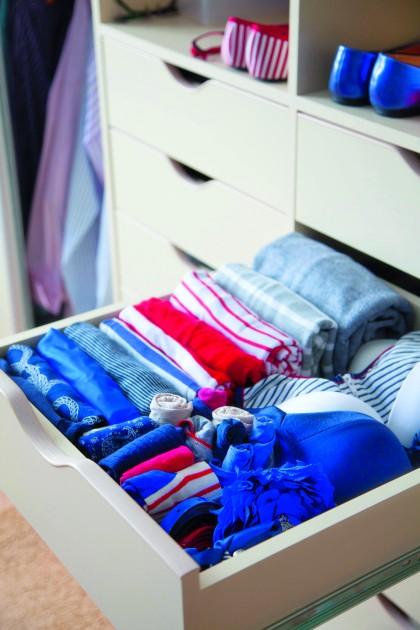 Zazwyczaj najwięcej problemów przysparza nam przechowywanie drobnych akcesoriów ubraniowych