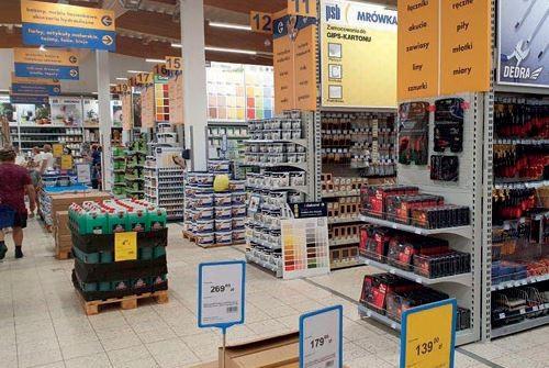WODZISŁAW ŚLĄSKI (woj. śląskie) – sklep Mrówka otwarto 12.08.2021 r., – inwestorem jest Grupa HD, – powierzchnia handlowa liczy 1850 m2 + ogród zewnętrzny 800 m2 .