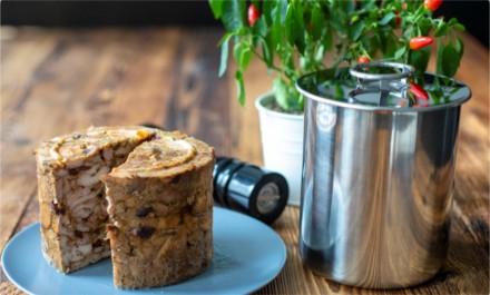 Zdj. 1. Produkty spożywcze przygotowywane samemu nie tylko sprawią nam większą satysfakcję, ale także pomogą w decydowaniu o tym, jakie składniki trafią na nasz stół. Źródło: Archiwum BROWIN.