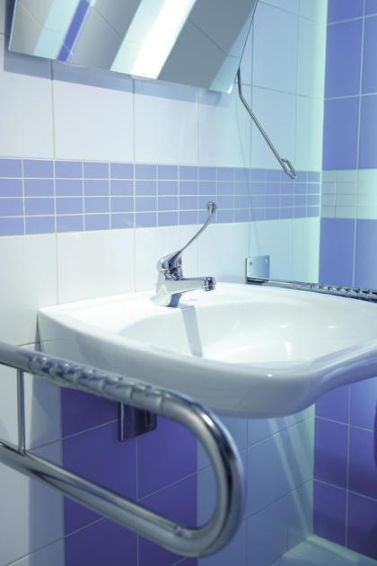 Inspiracja: Baterie umywalkowe do zadań specjalnych