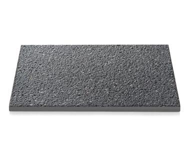 Płytka bazalt 90/5 naturalny czarny piaskowany POZBRUK