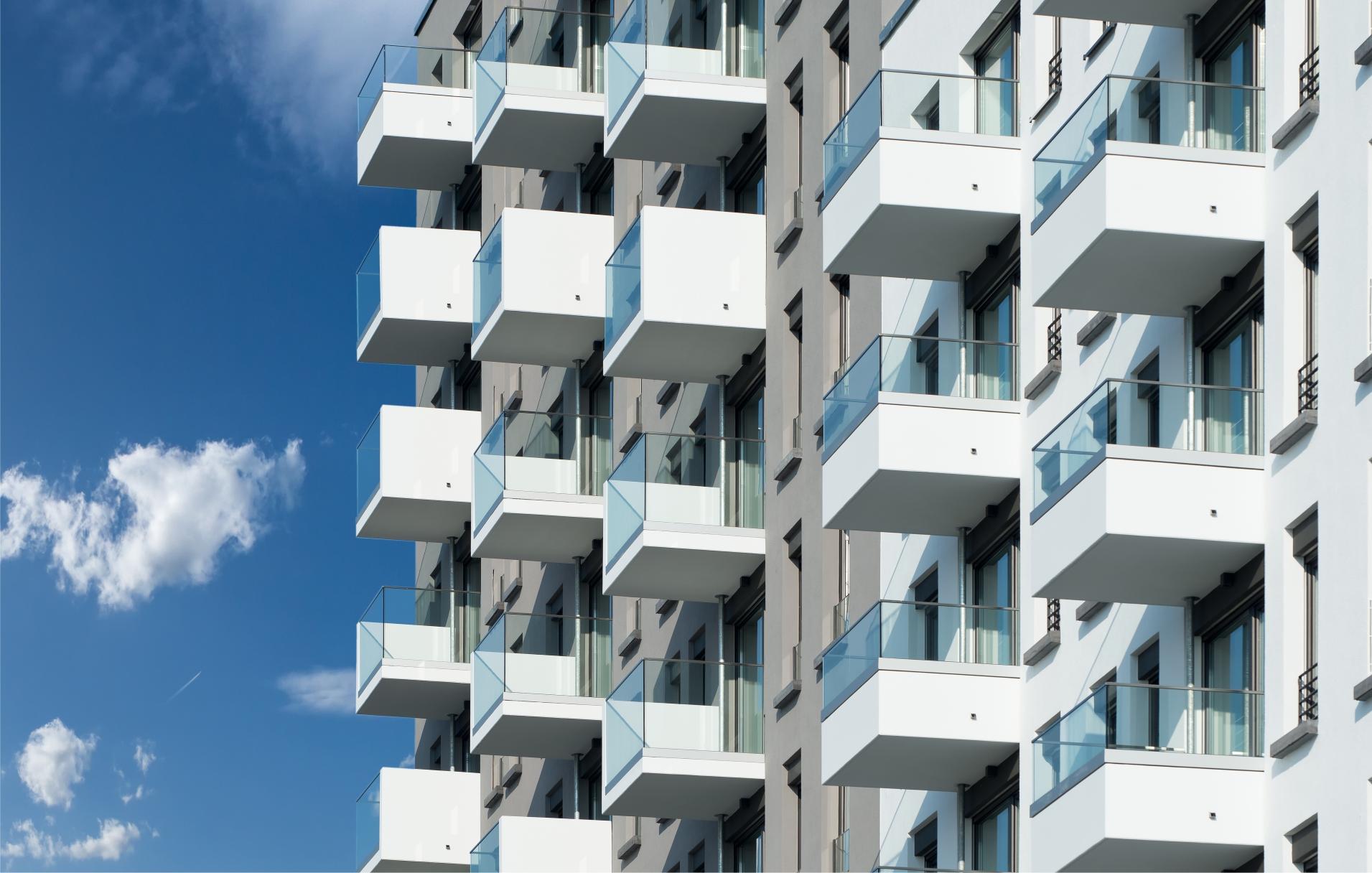 instrukcja-naprawy-ubytkow-na-plytach-zelbetowych-balkonu-tarasu-lub-loggi