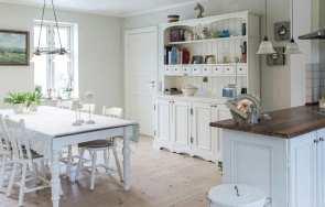 Kredens - pełen szyk w kuchni