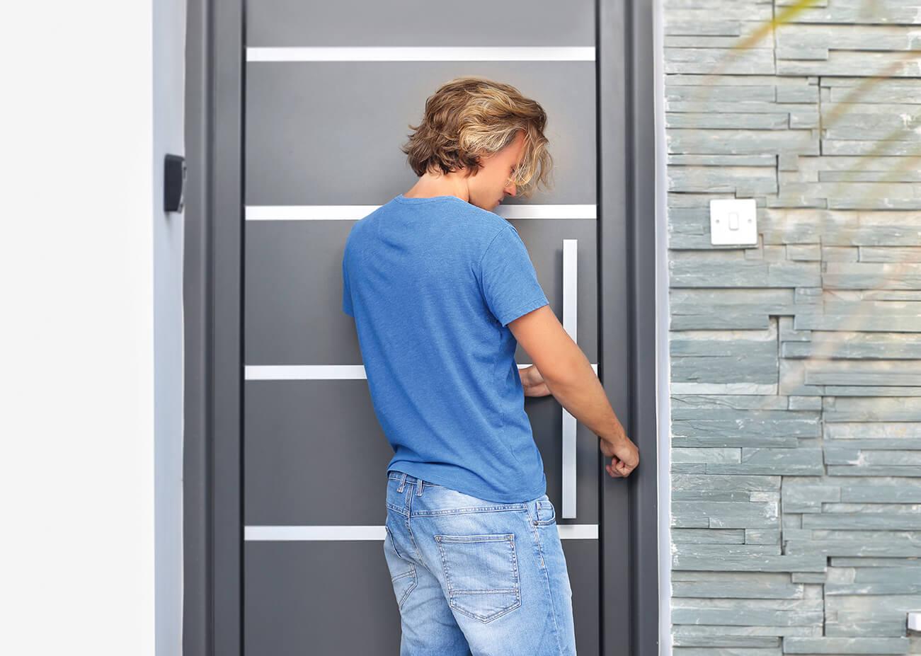 montaz-drzwi