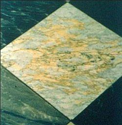 kamien-naturalny-przebarwienia-wykluczone