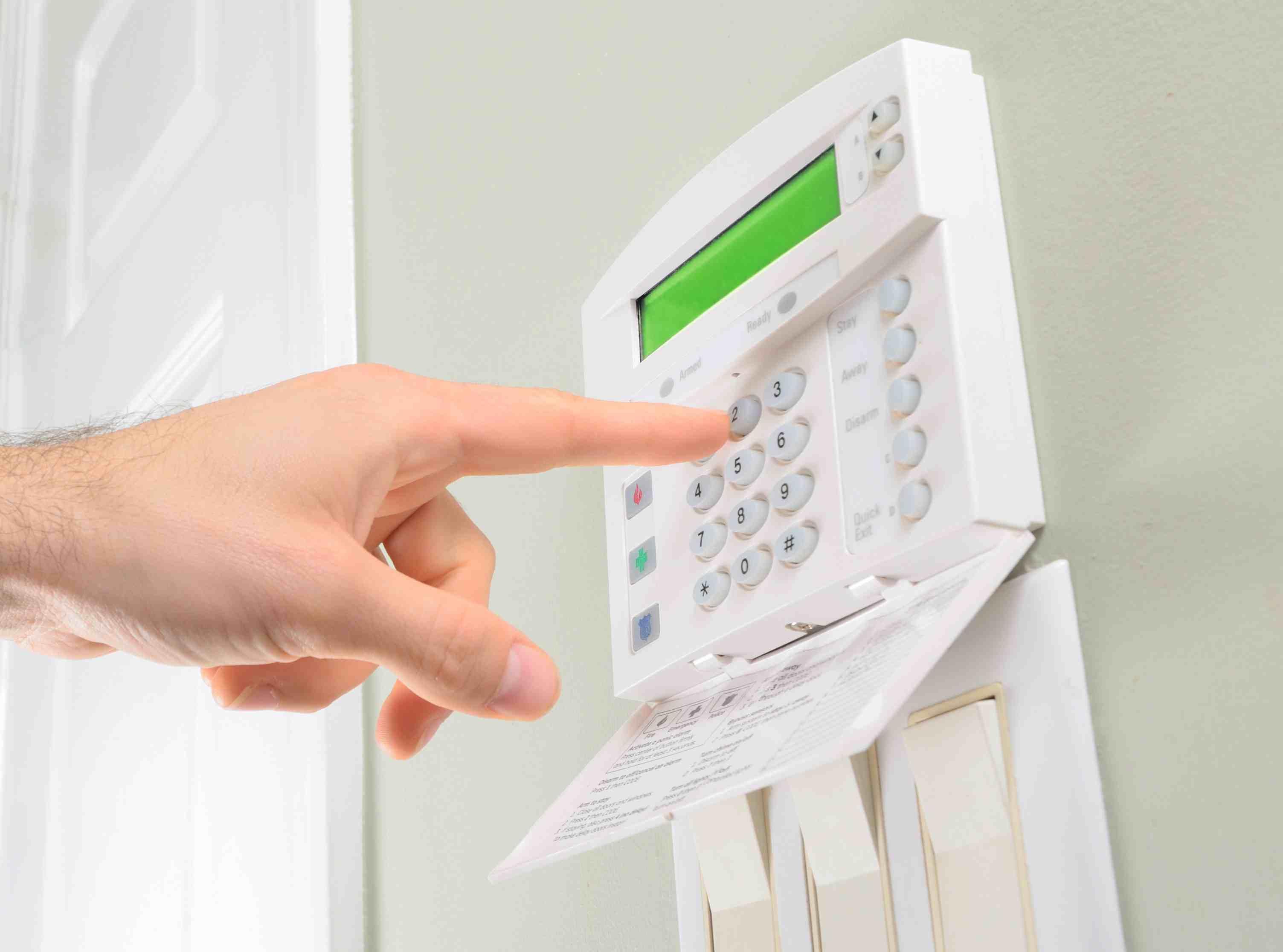 system-alarmowy-w-domu