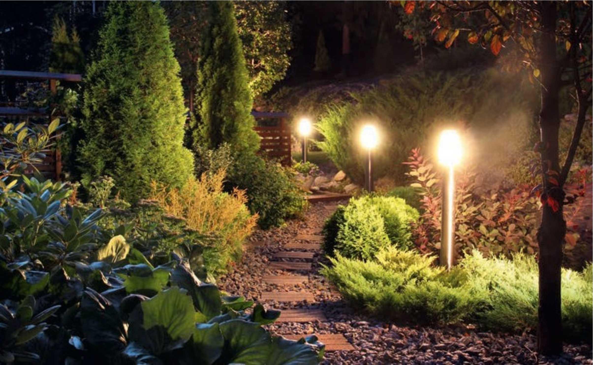 lampy-stojace-w-ogrodzie