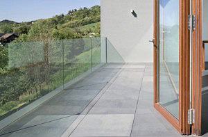 remont-posadzki-balkonowej