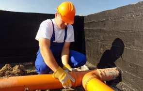 Kanalizacja zewnętrzna w domu – przyłączenie do sieci i studzienki betonowej
