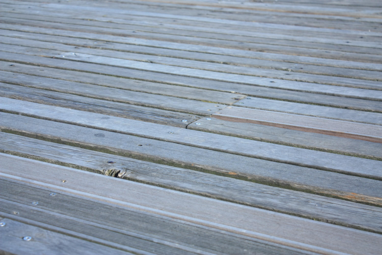renowacja-drewna-po-powodzi