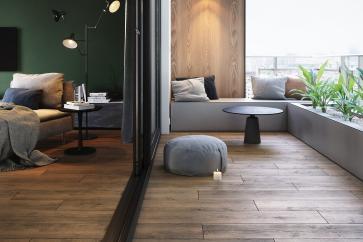 Płytki drewnopodobne – gdzie zastosować ceramikę i gres imitujące drewno