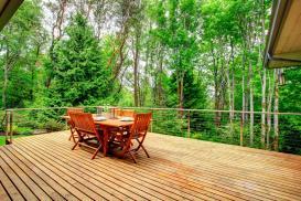 Renowacja drewnianego tarasu
