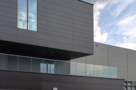 Właściwa izolacja dachów płaskich skutecznym sposobem na oszczędność energii