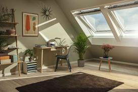 Bezinwazyjny montaż rolety i markizy na oknie dachowym