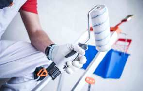 Akcesoria i narzędzia ułatwiające malowanie ścian