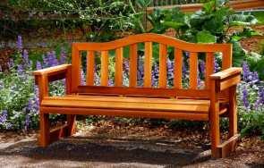 Zabezpieczanie mebli ogrodowych po sezonie