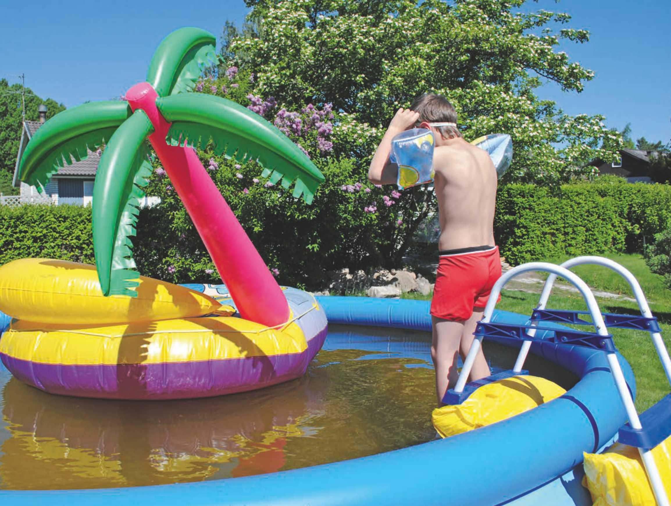 wakacje-w-basenie