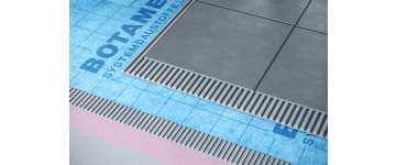 jak-wykonac-hydroizolacje-balkonu-i-tarasu-z-wykorzystaniem-maty-uszczelniajaco-kompensujacej-botament-ae