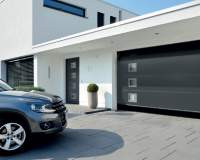 Jak dobrać i fachowo zamontować bramę garażową?