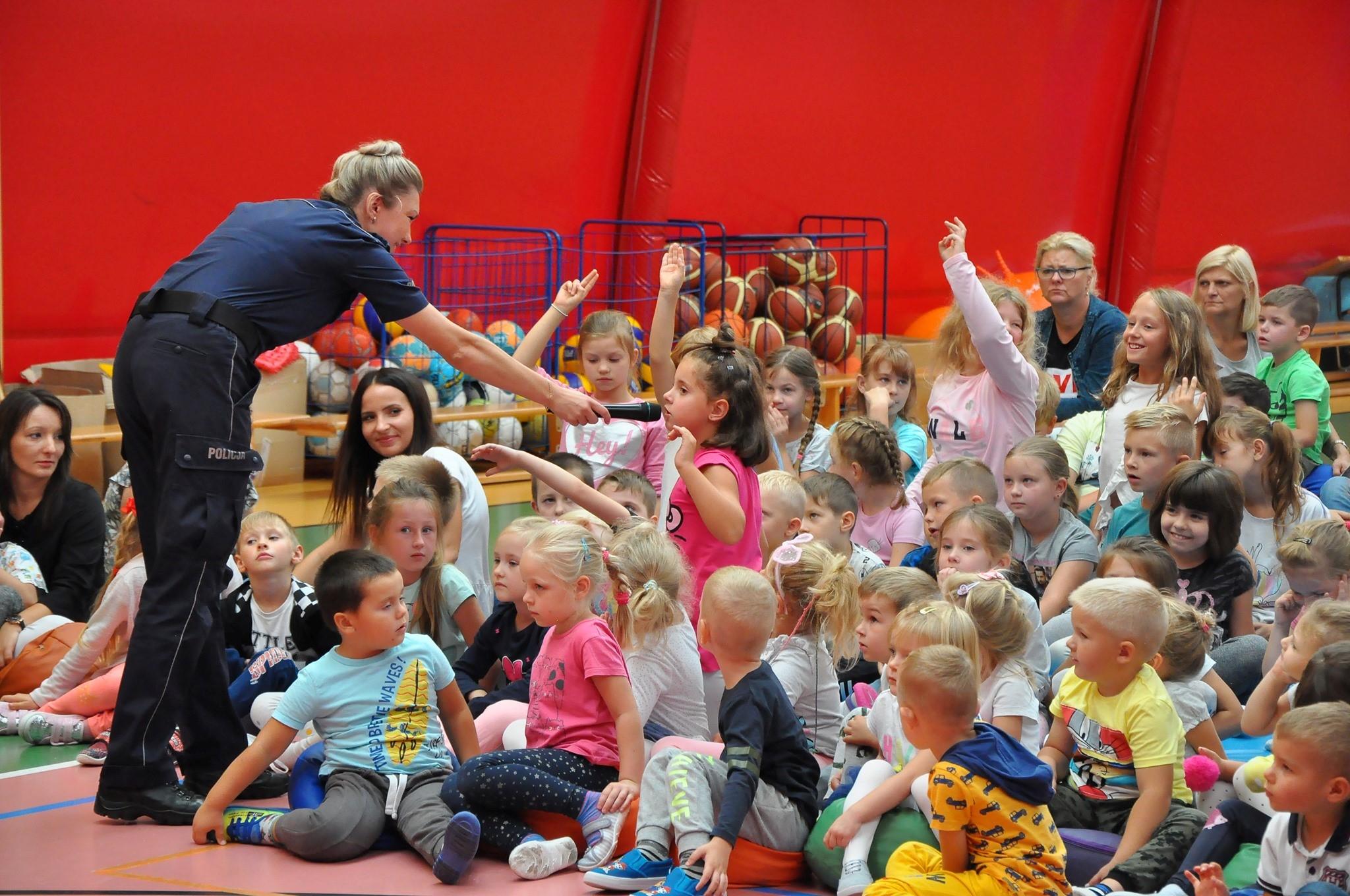 mrowka-zychlin-organizuje-akcje-edukacyjna-dla-dzieci