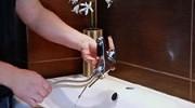 Film:  Jak zdemontować baterię umywalkową